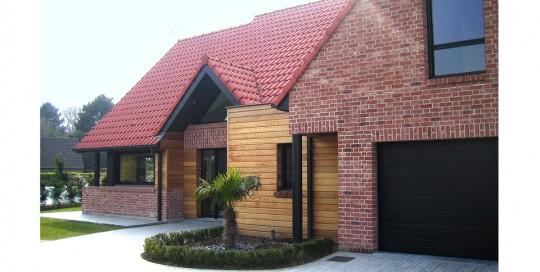 Construction de maisons contemporaines et régionales dans le Nord